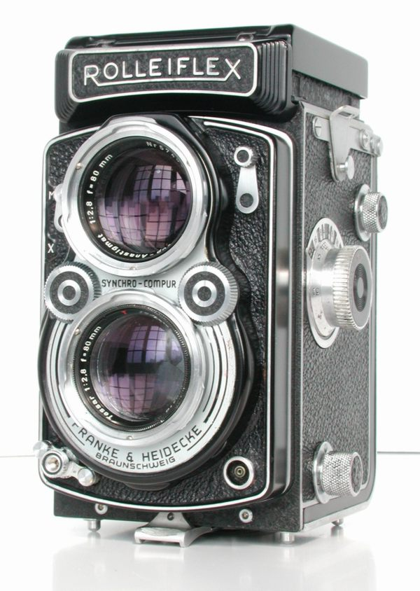 Rolleiflex_2.8A_Type_2_Front_View